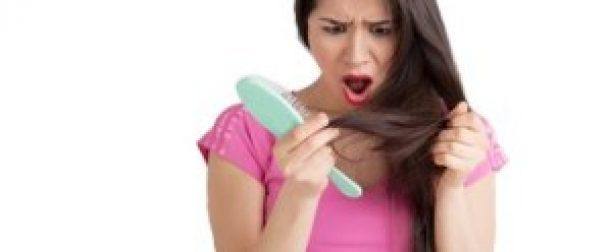 Jak radzić sobie z łamliwymi włosami?