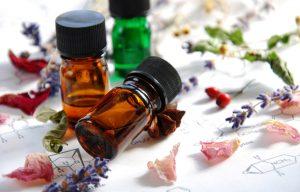 Olejki eteryczne – co warto wiedzieć na początku?