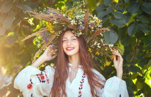 Naturalnie piękna fryzura-stosuj zioła na włosy!